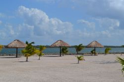 BELIZE LAGUNA MAYA DEVELOPMENTS BEACHFRONT GATED COMMUNITY